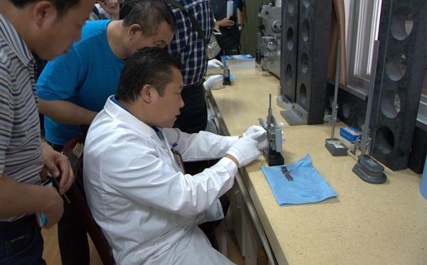 中国铁路总公司组织计量人员到科路实训操作演练